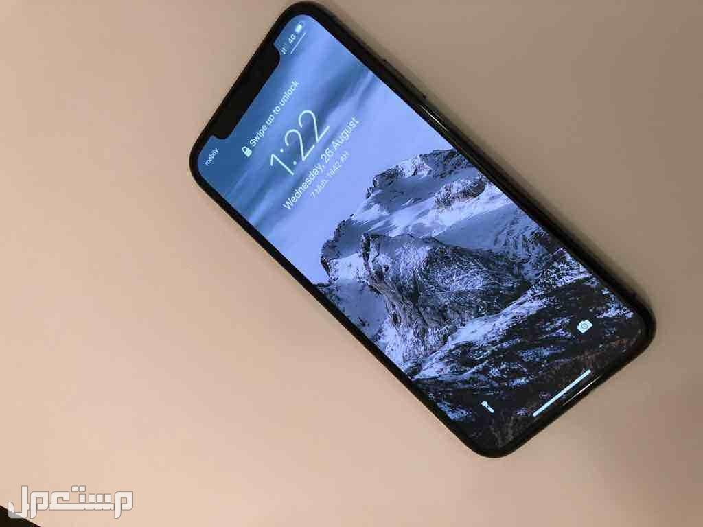 ايفون XS 64 نظيف جدا!!