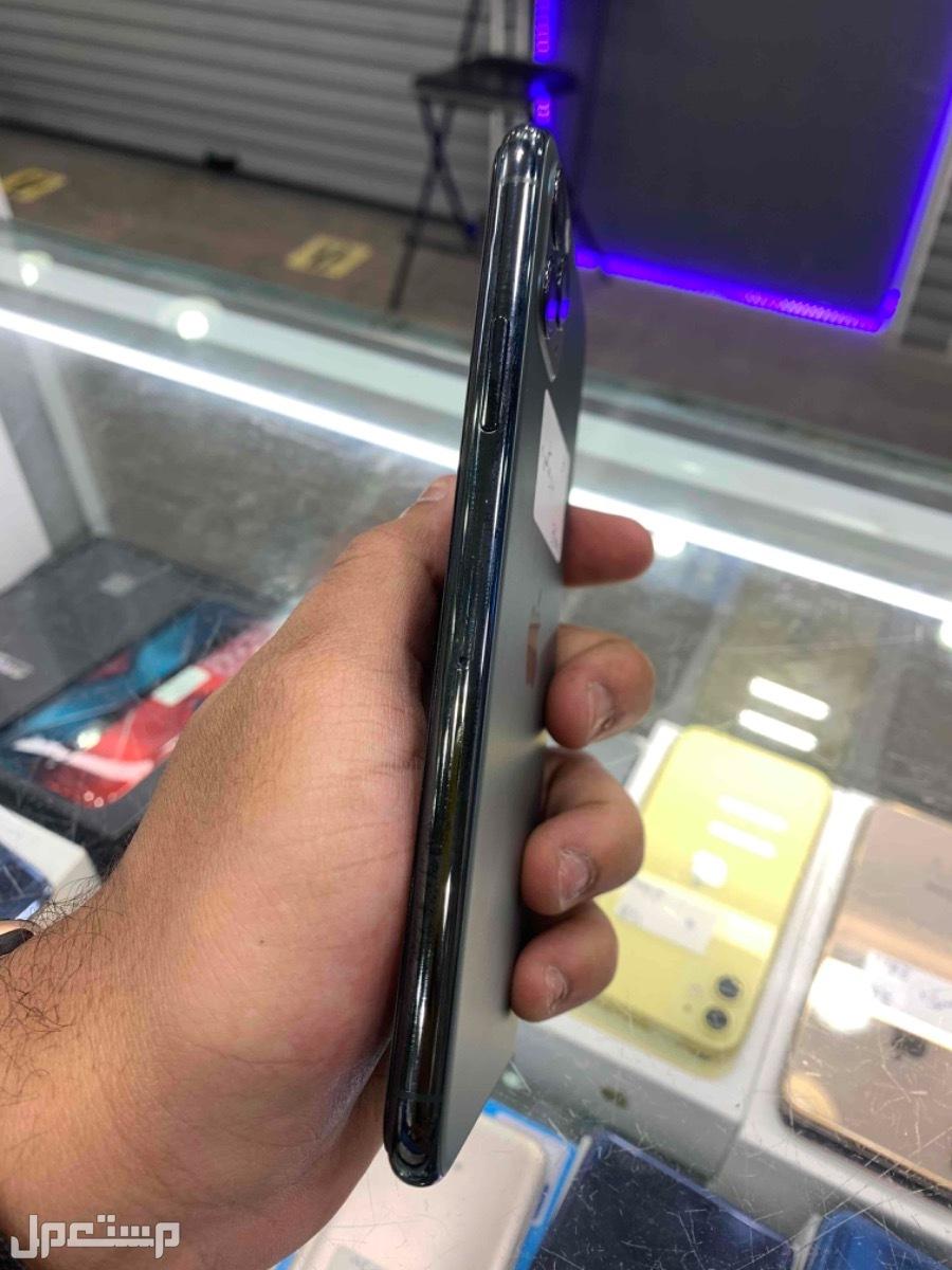 للبيع ايفون 11 برو ماكس 64 مستخدم