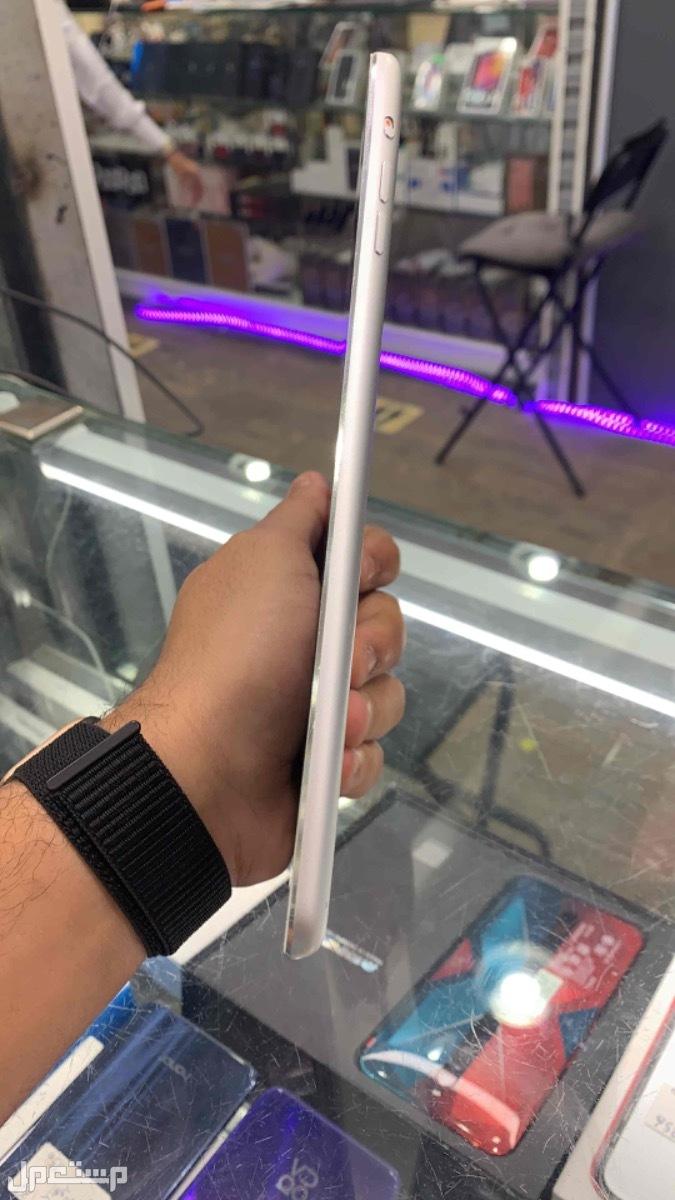 للبيع ايباد ميني 3 مستخدم