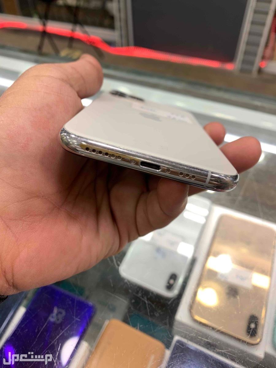 للبيع ايفون 11 برو 256 مستخدم ابيض