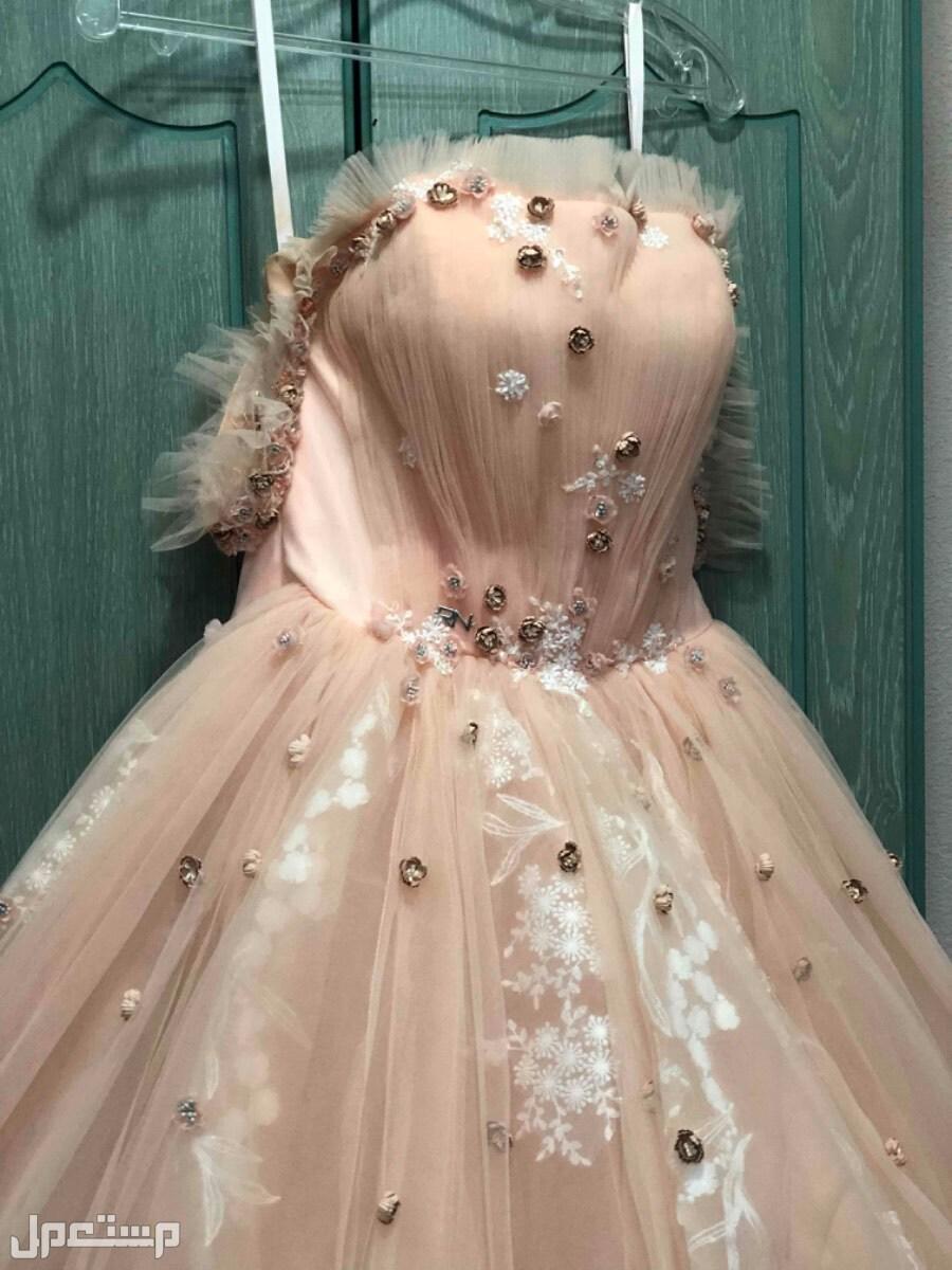 فستان ملكة من بوتيك RN