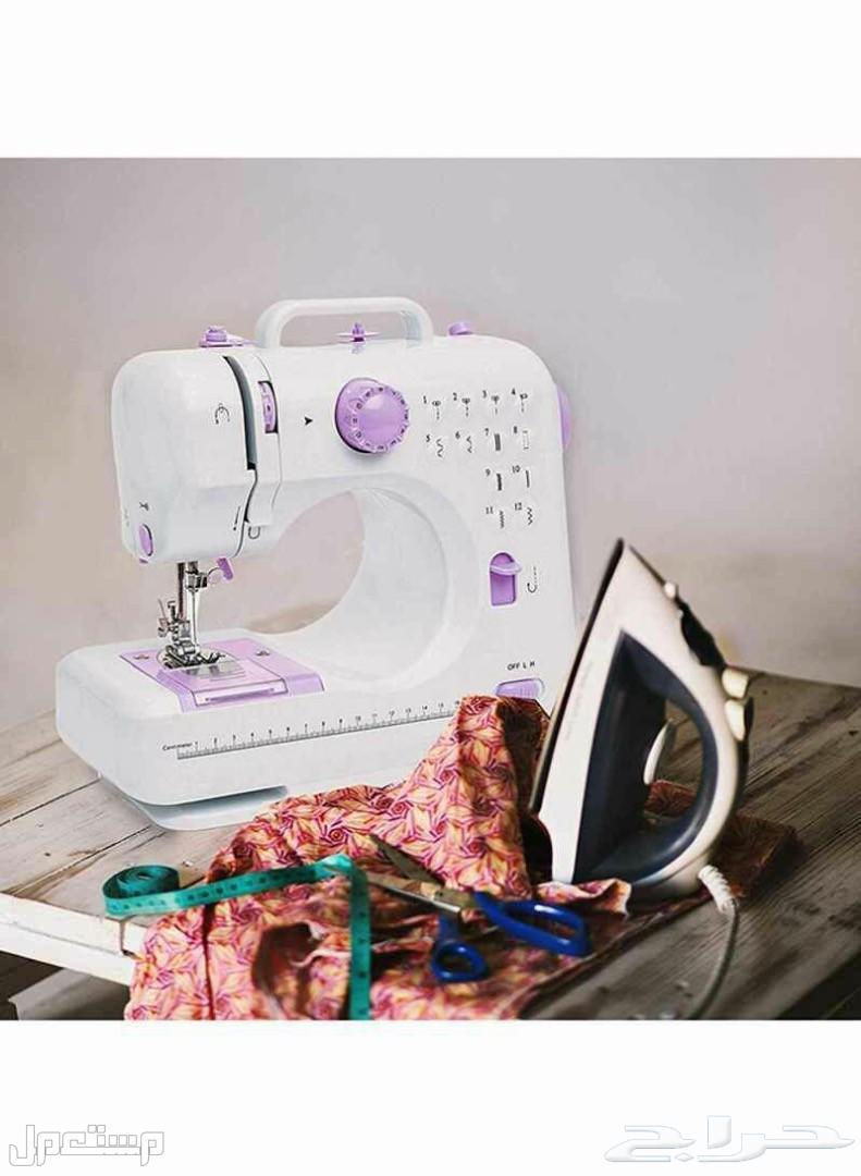 ماكينة خياطة وتطريز قابلة لنقل
