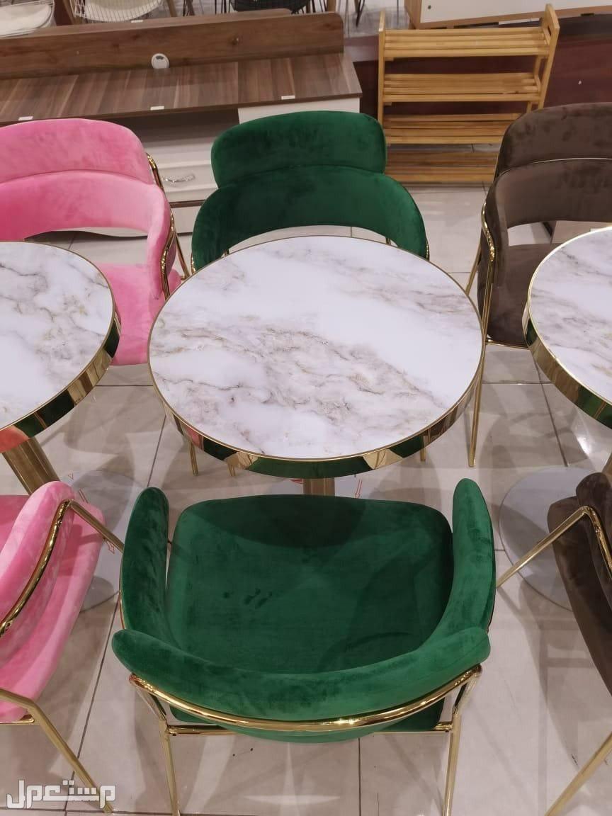 طاولة مع 2 كرسي للحديقة والمنزل والكافيهات