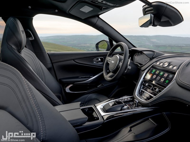 Aston Martin DBX (2021)