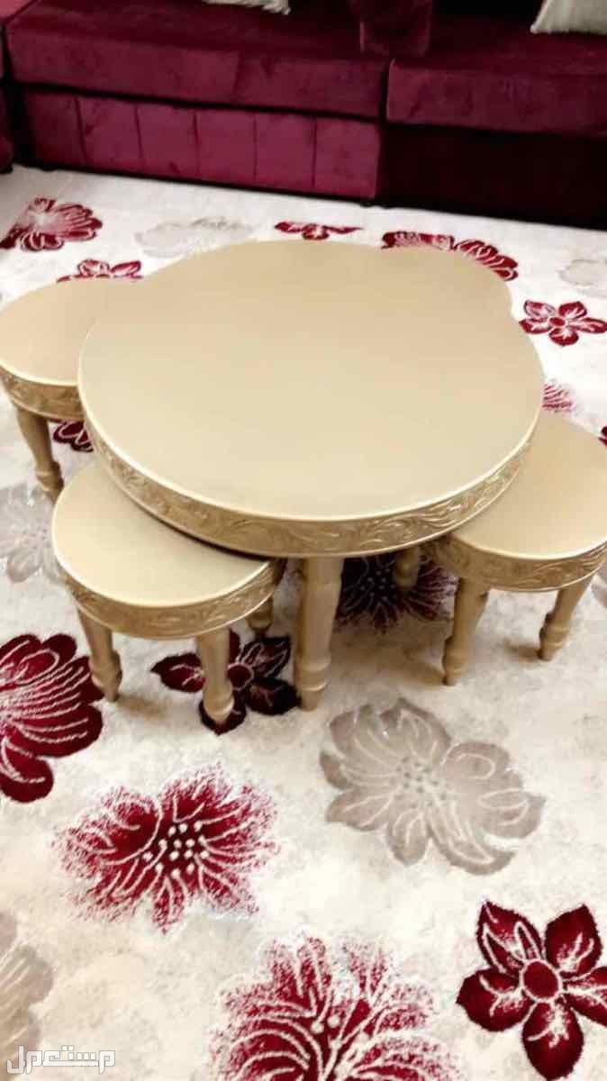 طاولات خشب