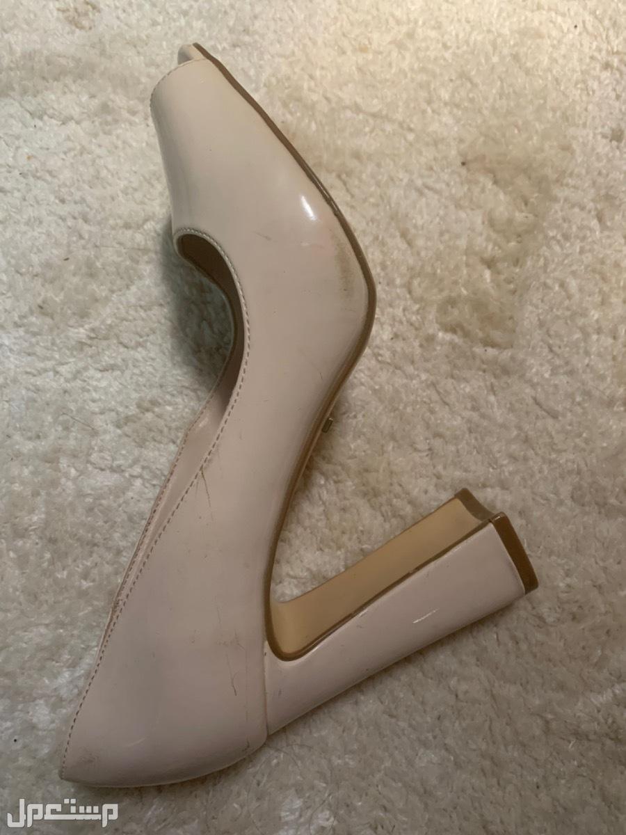 حذاء كعب ماركة Elle