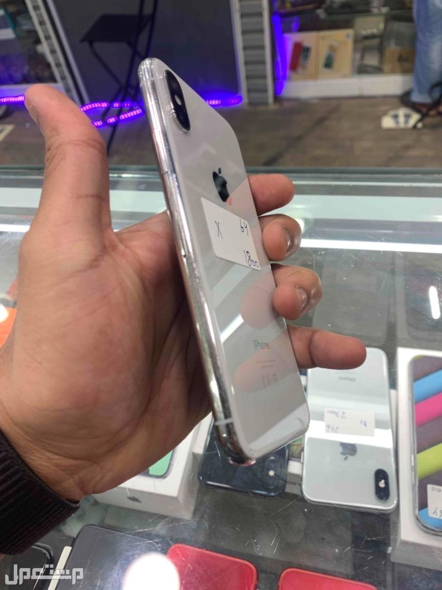 للبيع ايفون اكس 64 مستخدم نظيف ابيض