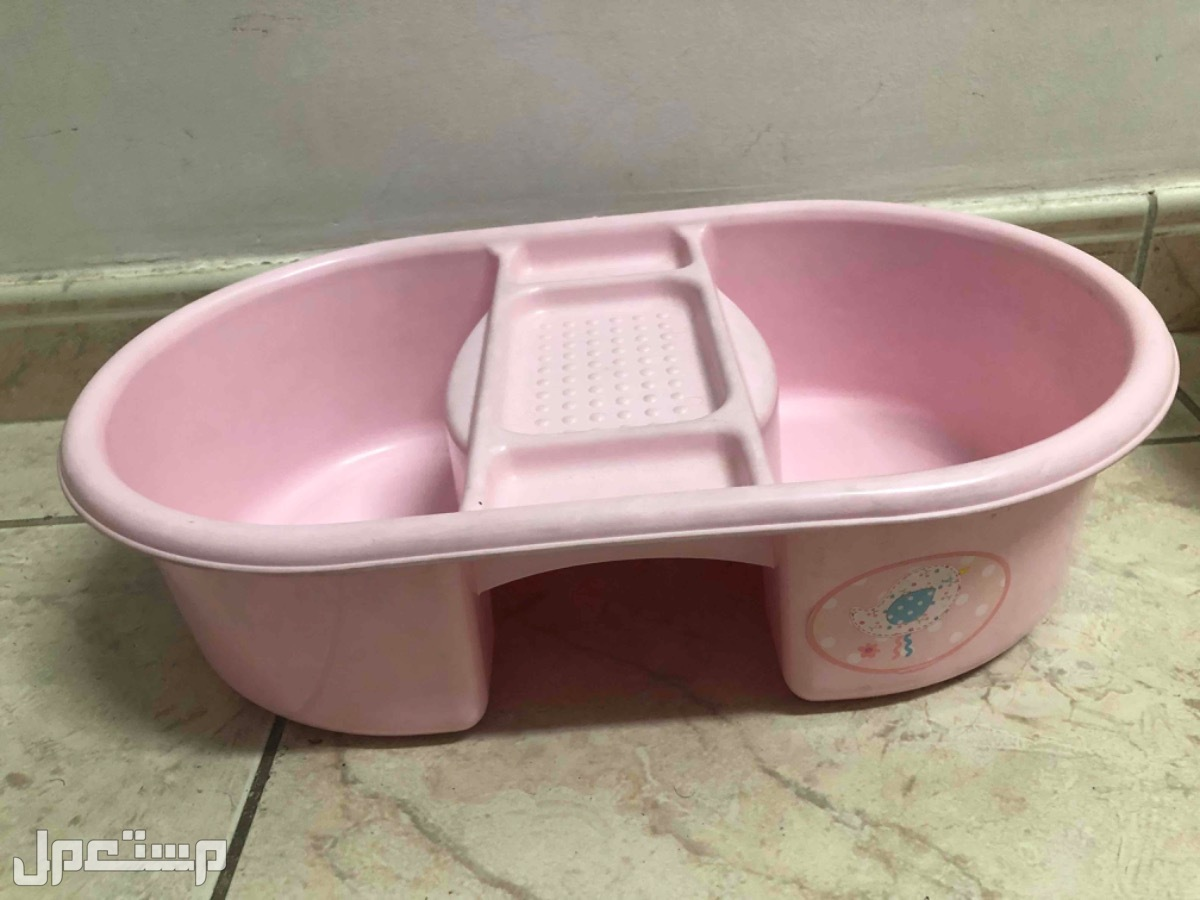 بانيو أطفال حديثي الولادة وكرسي حمام