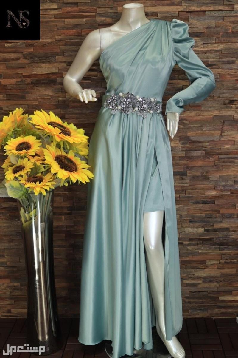 اي فستان ب200ريال تخفيضات