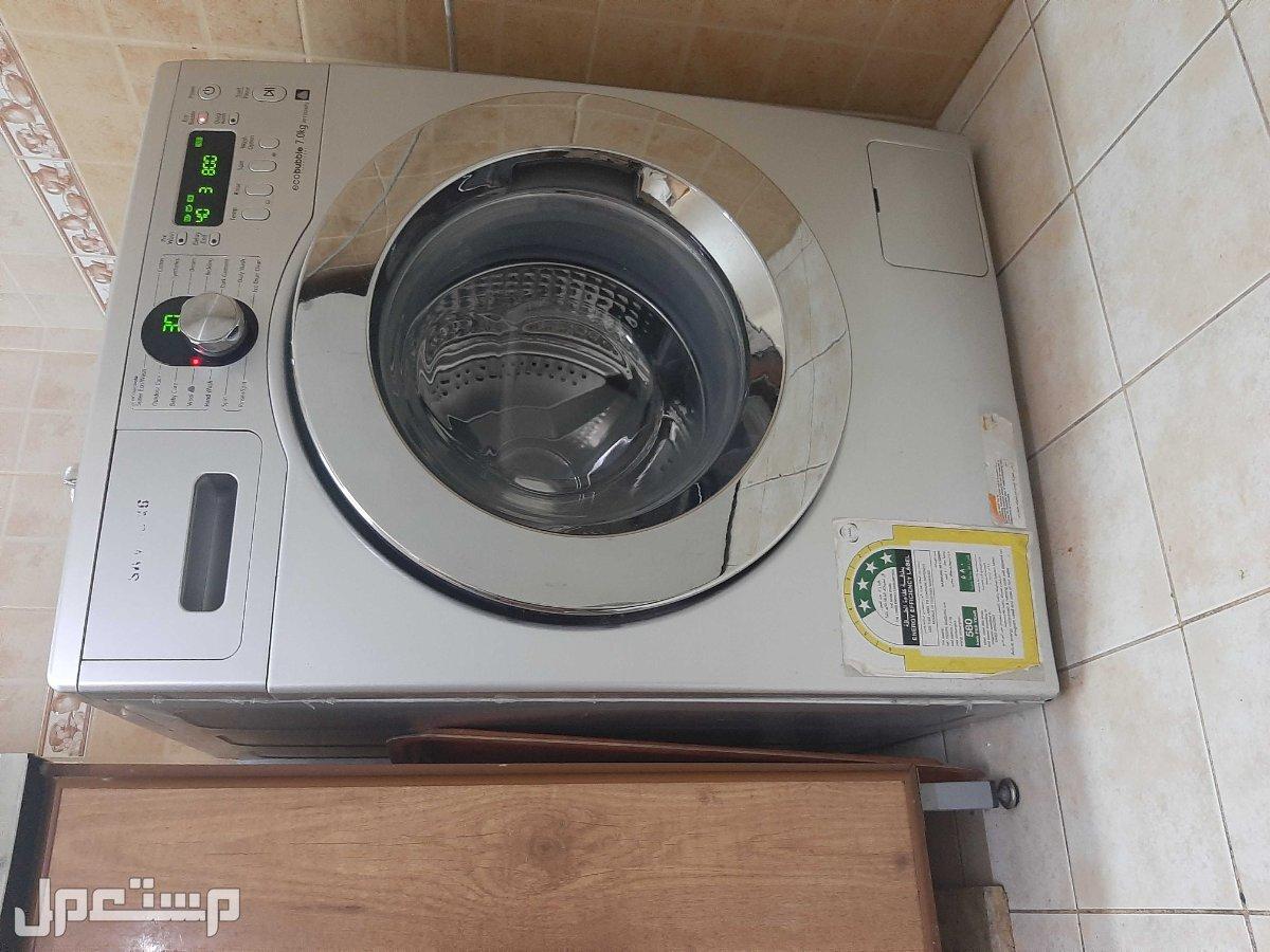غسالة سامسونج 7 كيلو توفر الماء والكهرباء مع نشارة ملابس رف واحد