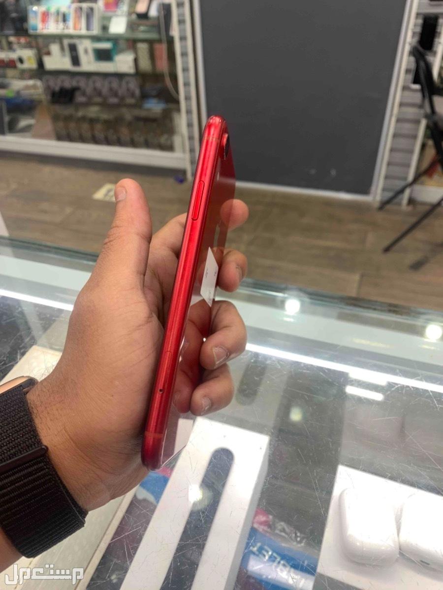 للبيع ايفون اكس ار احمر 64 مستخدم