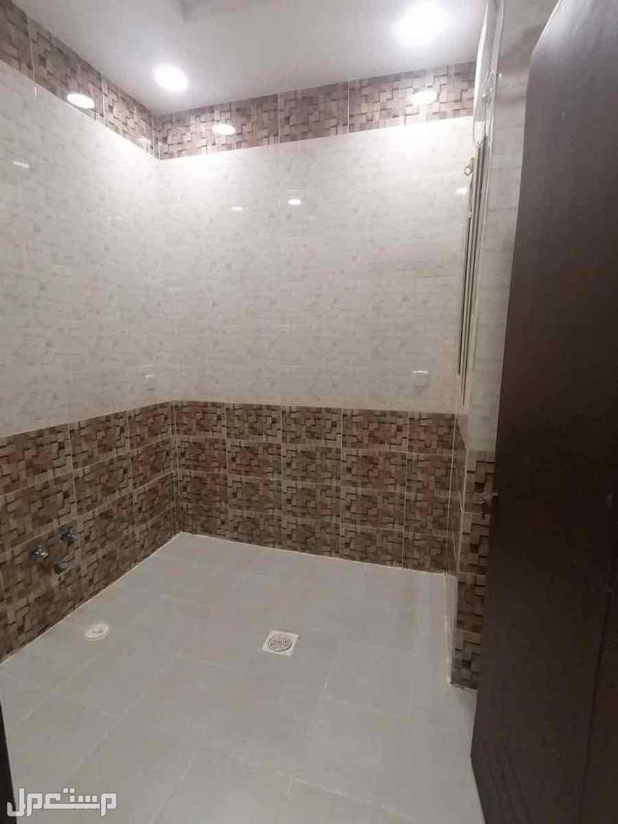 شقق لللبيع بجده حي التيسير تتكون من غرفتين بسعر 190الف