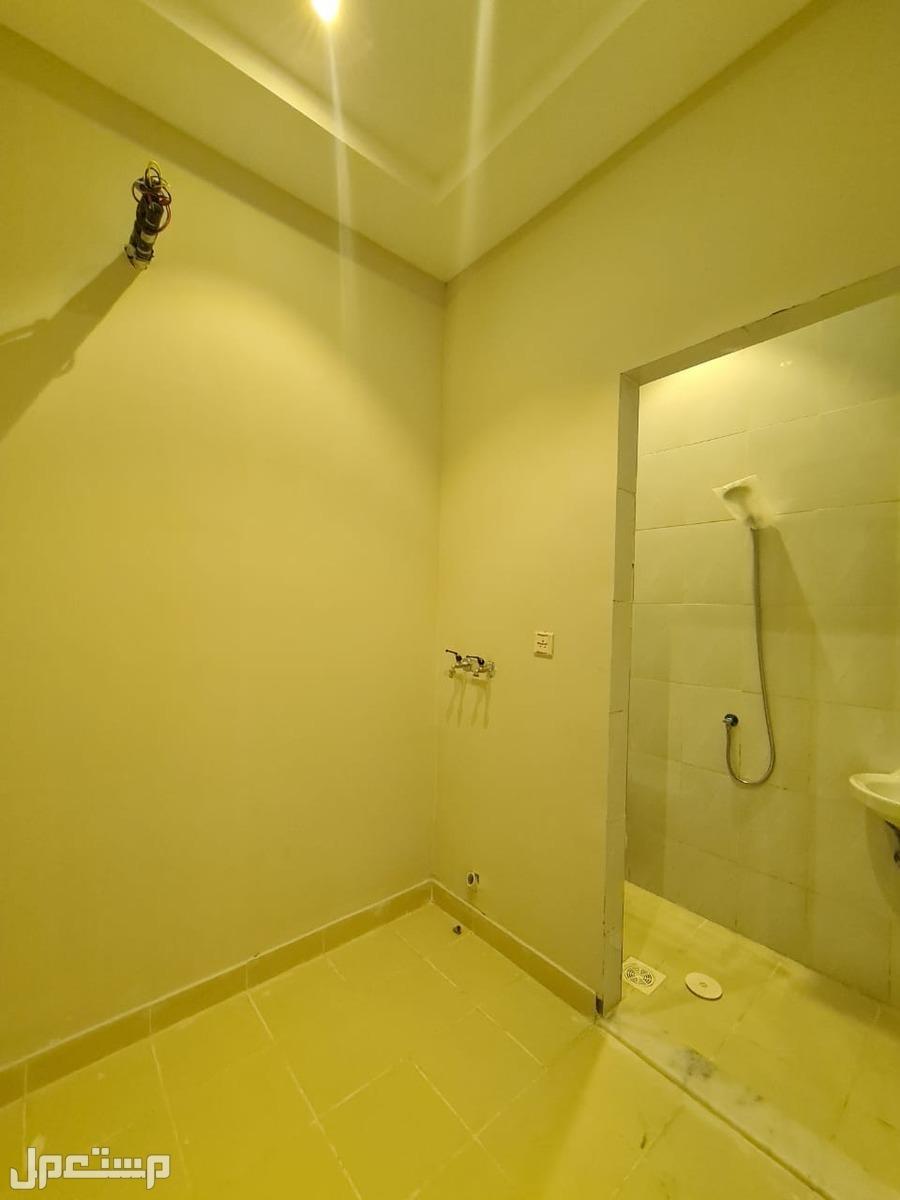 شقة للبيع 5 غرف حي المروة بسعر منافس