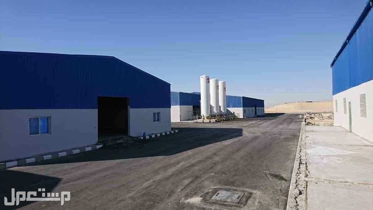مقاول بناء مصانع ومستودعات