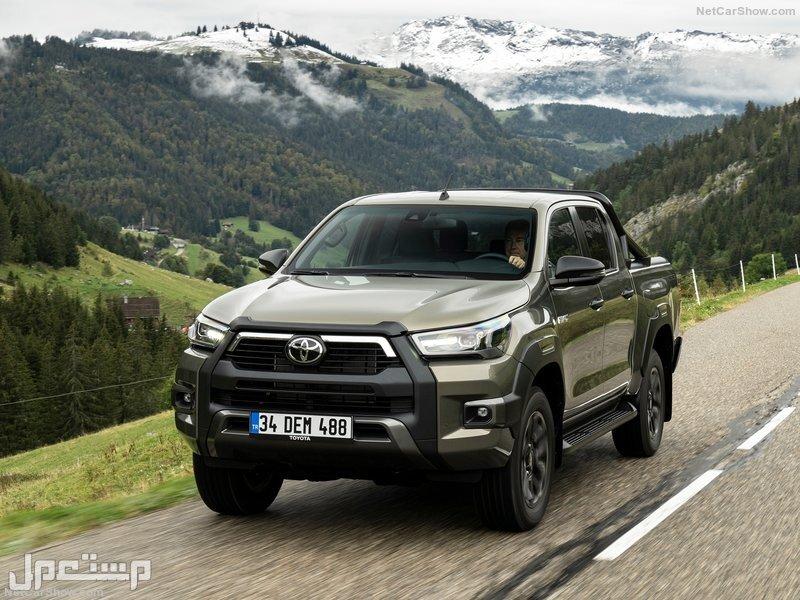 Toyota Hilux Invincible (2021)