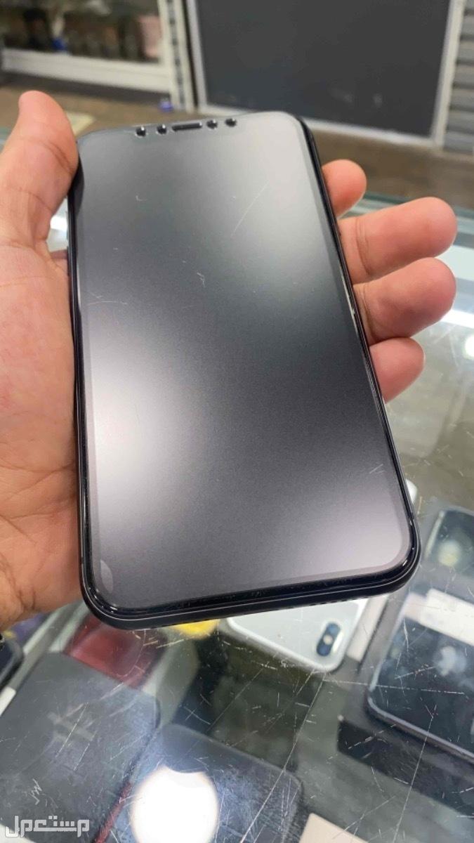 للبيع ايفون 11 مستخدم اسود 64