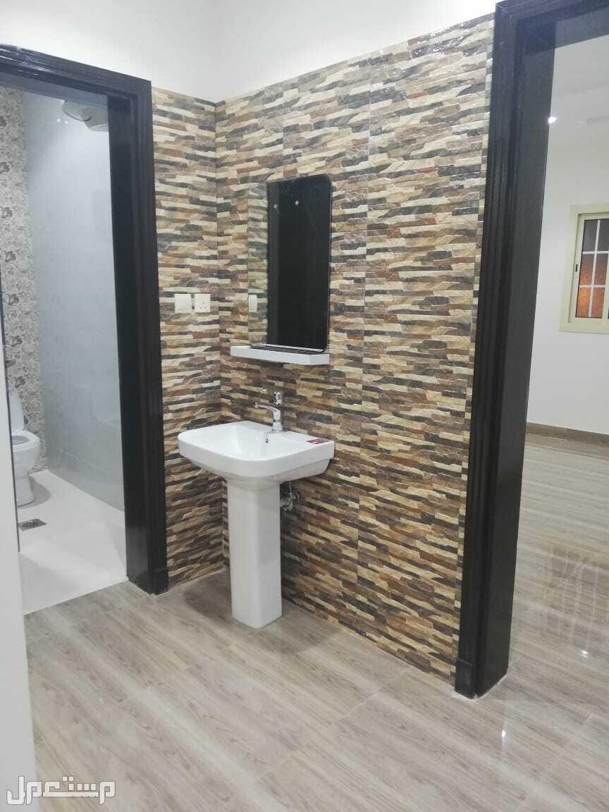 شقه 4 غرف جديده  شقه للتمليمك بجده 4غرف و2دورات مياه