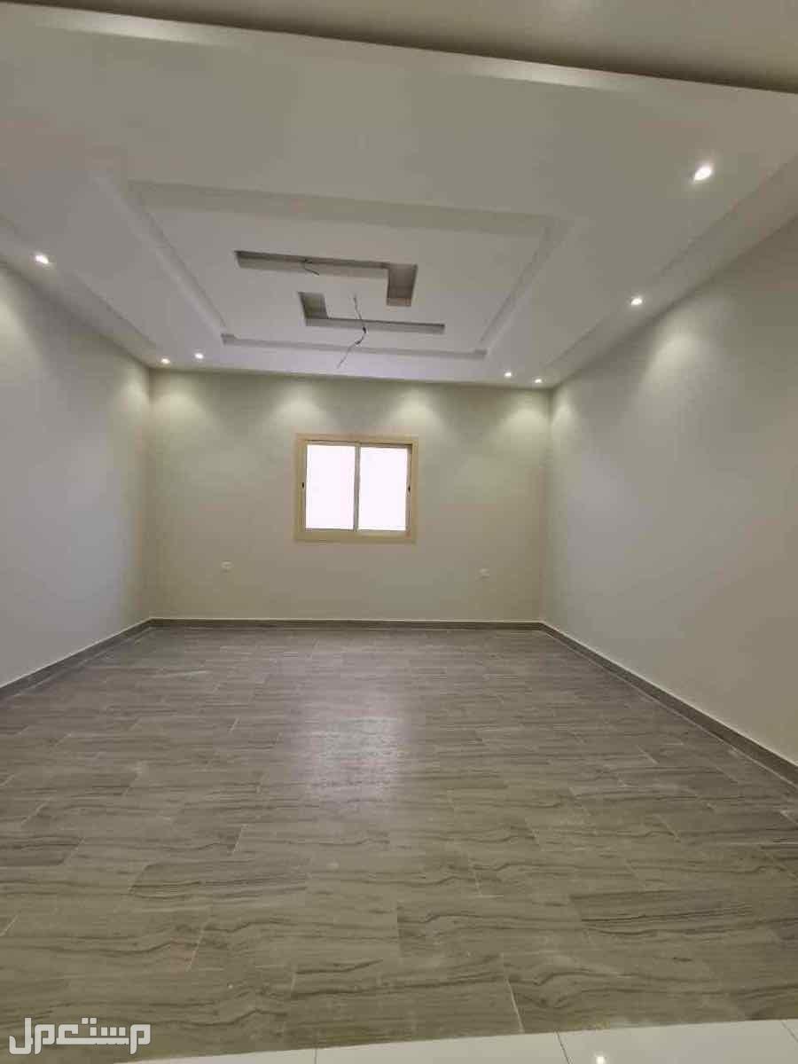 شقه 6غرف بمنافعها حي الفيصليه افراغ فوري