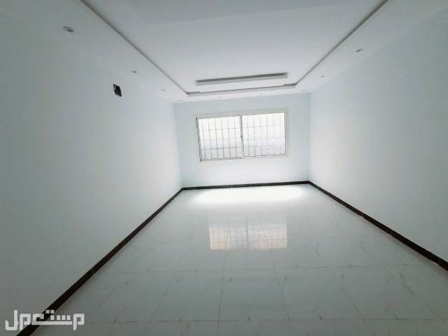فيلادوبلكس 250م شارع20امام مدرسه في مشارف الحزم علي820الف ريال