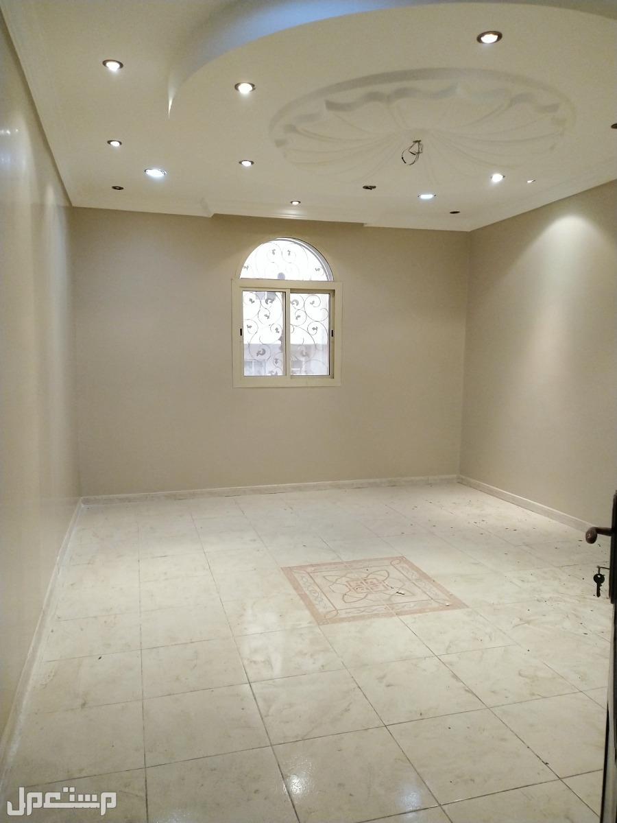 شقة بموقع مميز للإيجار في الشوقية