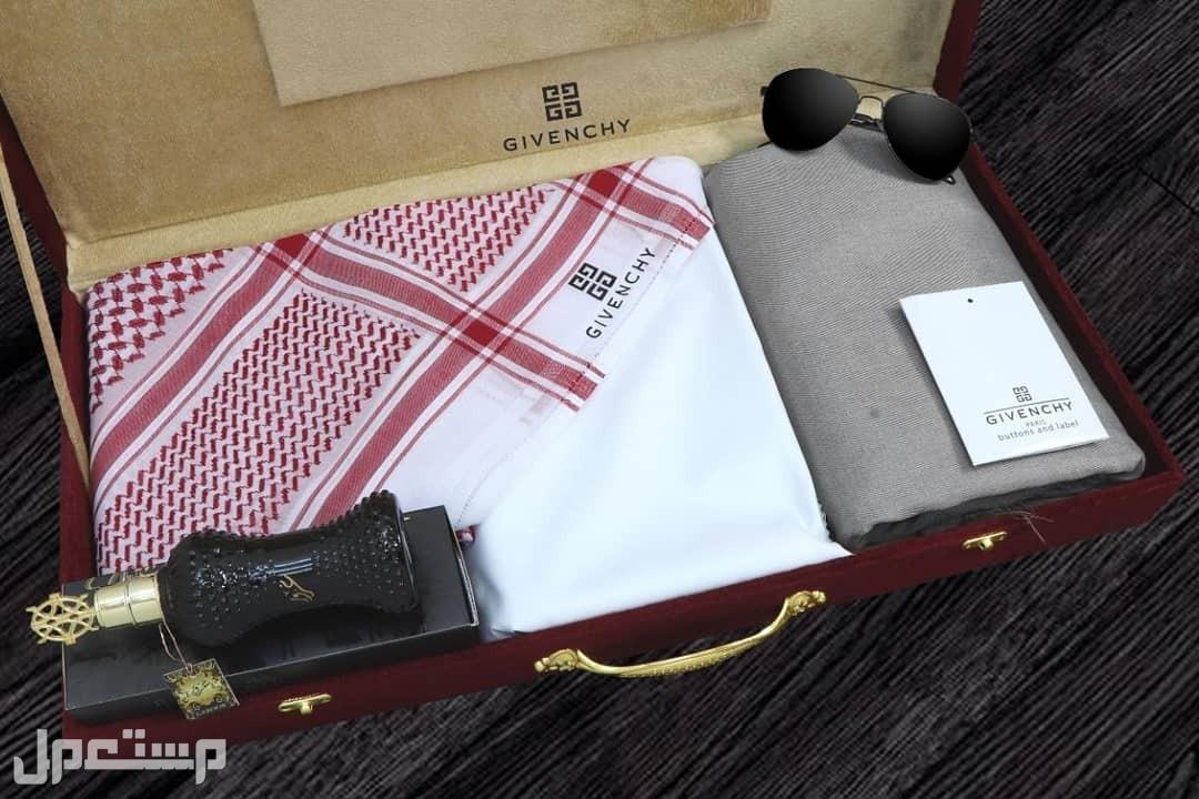هروض جفنشي الجديده قطعتين قماش مع شماغ وملحقات الماركه بسعر مميز