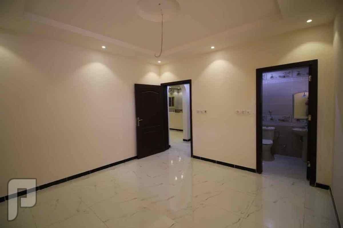 شقة خمس عرف للسكن او للاستثمار فقط ب310 الاف