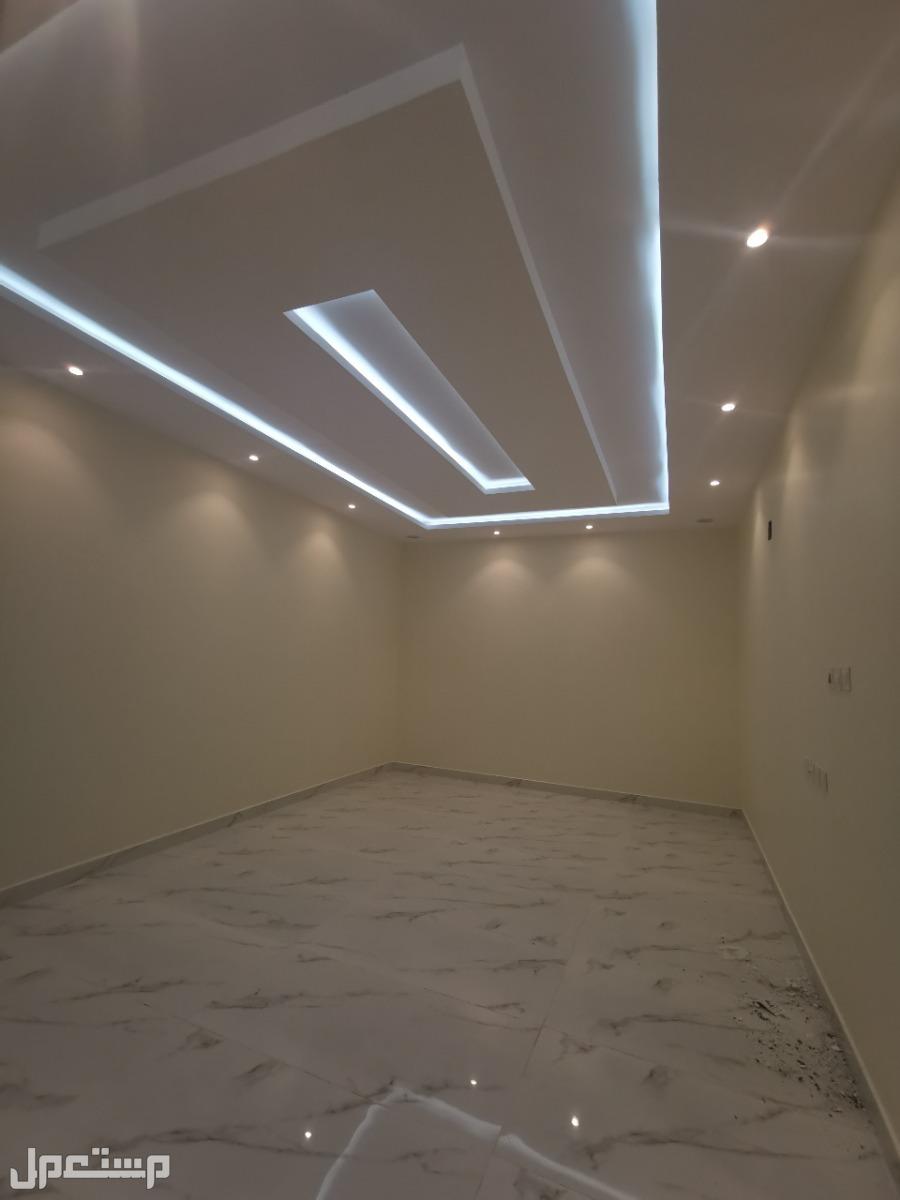 فلل درج داخلي دبلكس للبيع مساحة 250م بمخطط طيبة