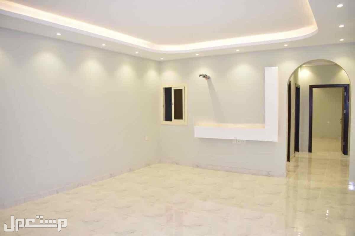 شقة شاهقه وفاخرة بديكو وتصميم عصري قريبه من الخدمات