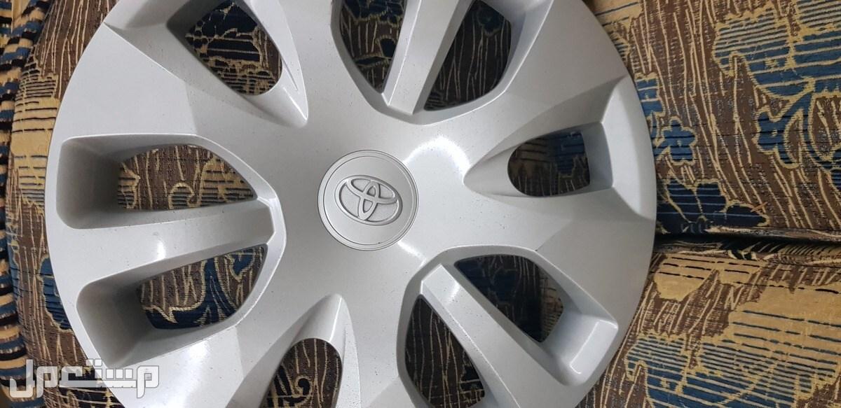 جنوط تويوتا انوفا 2021 مع الكفرات والطيس أصلي