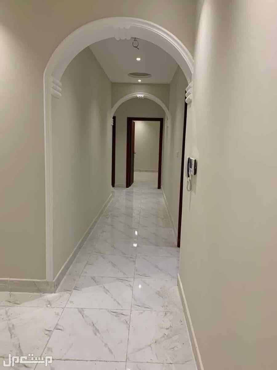 شقة الاحلام فاخرة بمساحه واسعه بتصميم عصري وقريبه من الخدمات