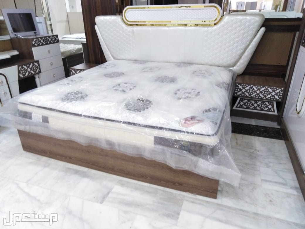 غرف نوم (8805) كلاسيك مودرن مع مرتبة هدية