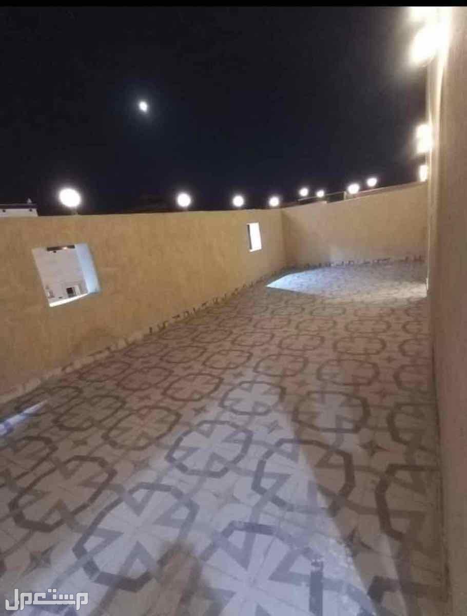 ملحق للبيع 7غرف بحي الروابي امام حديقه ومسجد