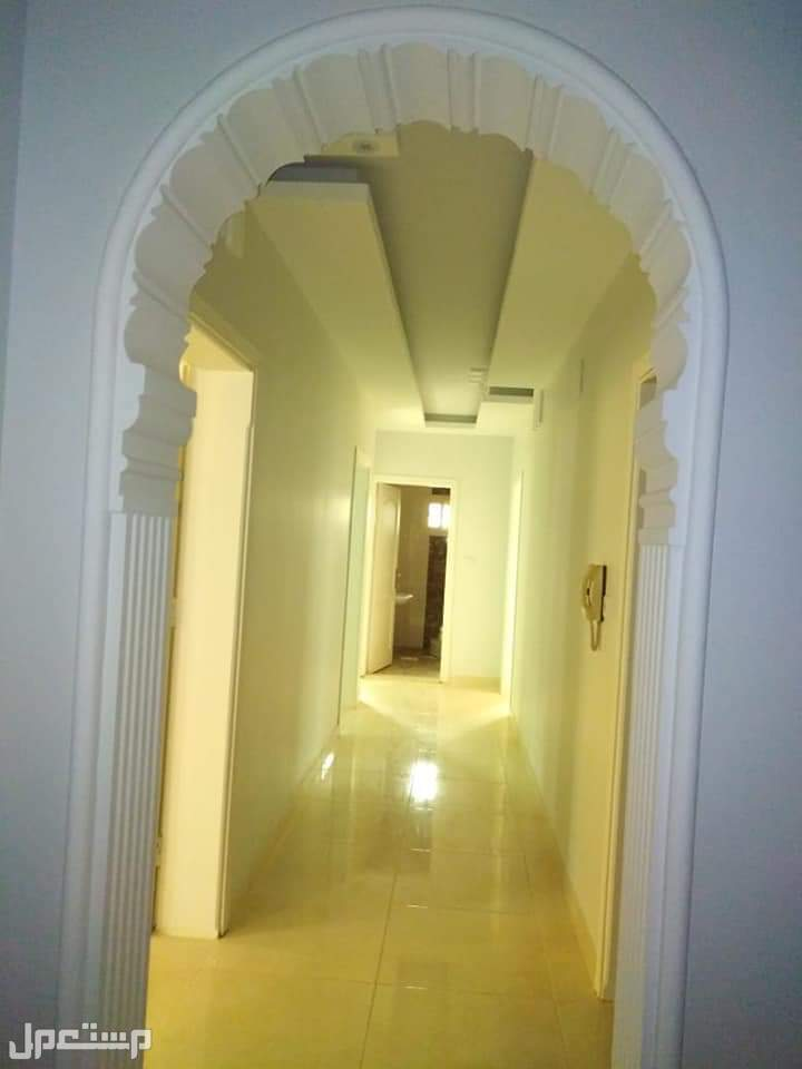 شقة روف مع سطح مستقل مساحتها الاجمالية 250م  للبيع