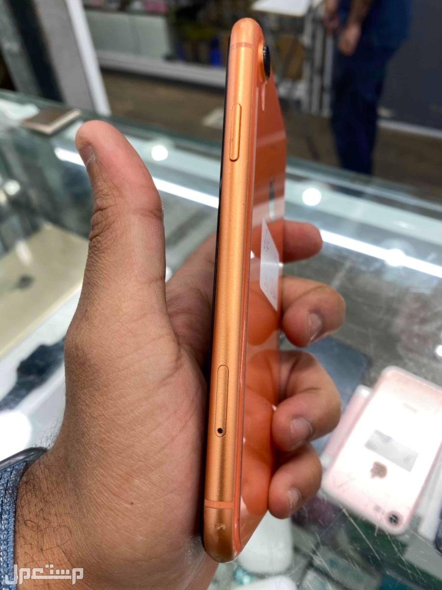 للبيع ايفون اكس ار برتقالي 64 مستخدم