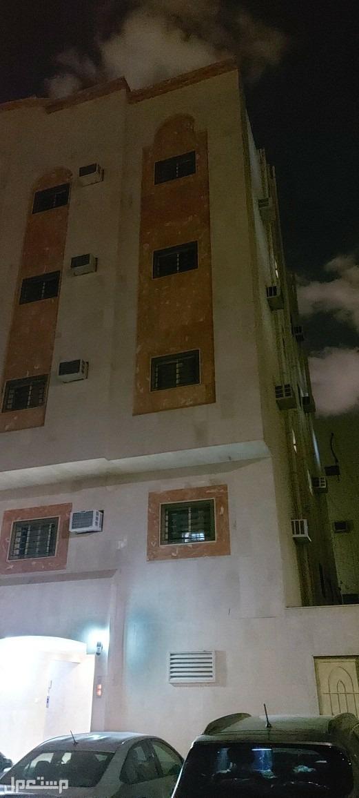 عماره للبيع من 9شقق حي الدويمه