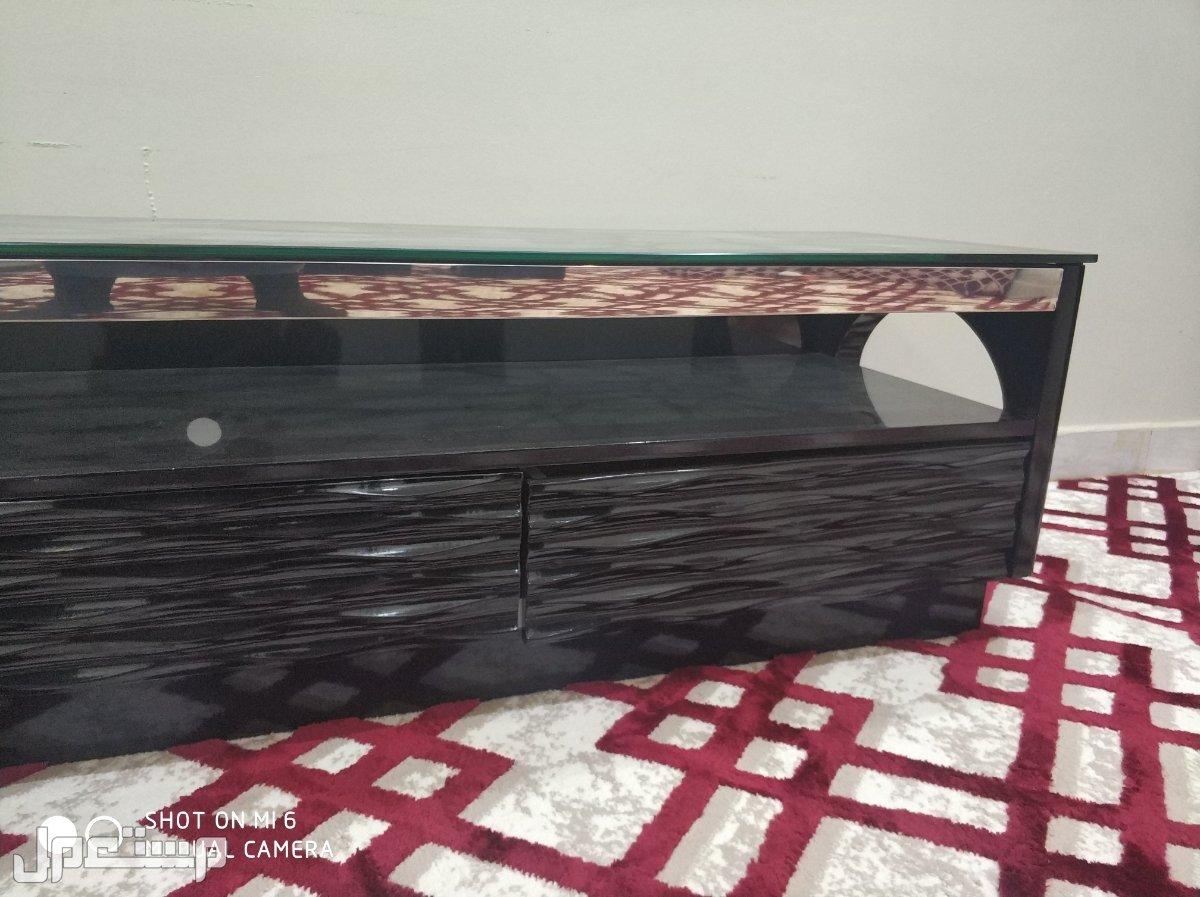 طاولة تلفزيون للتواصل على الجوال اتصال أو واتس 0556219503