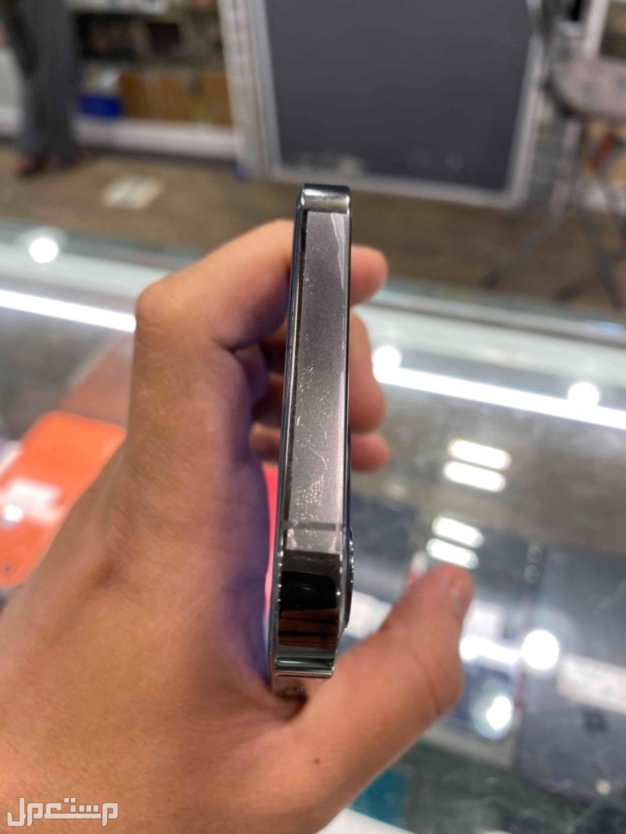 للبيع ايفون 12 برو 256 مستخدم اسود