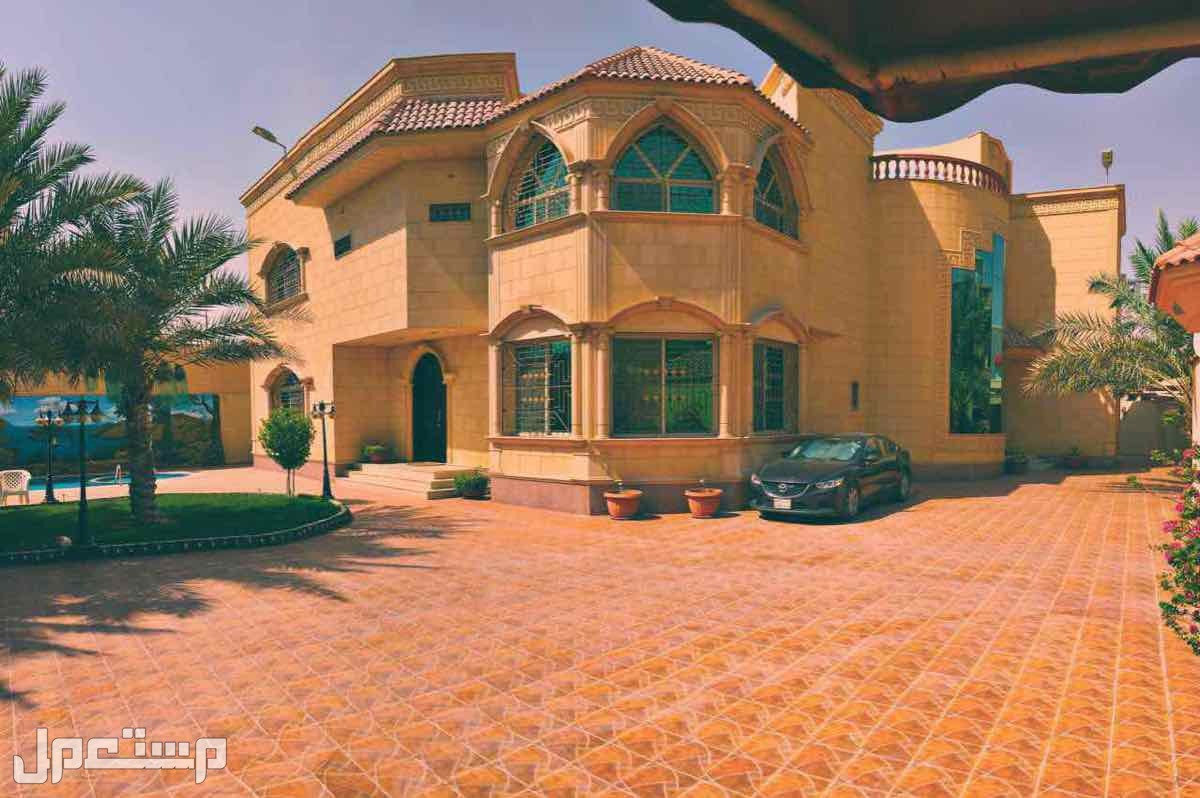 للبيع قصر في عين قرطبة شمال شرق الرياض المساحة 1600متر
