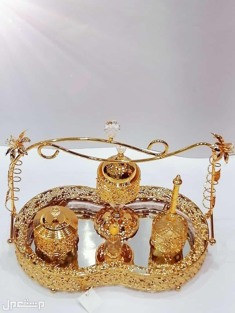 😍😍😍😍😍😍😍😍 💫طقم عروسه ( ذهبي )💫 مكون من: مبخرة مرش علبة عطر  ملقاط