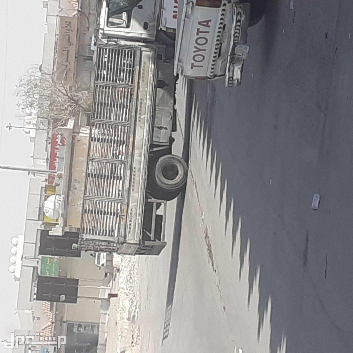 نقل العفش شرق الرياض دينا نقل عفش غرب الرياض