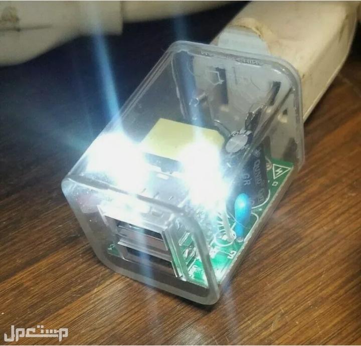 افياش USB باضائه ليد ملون سهاري
