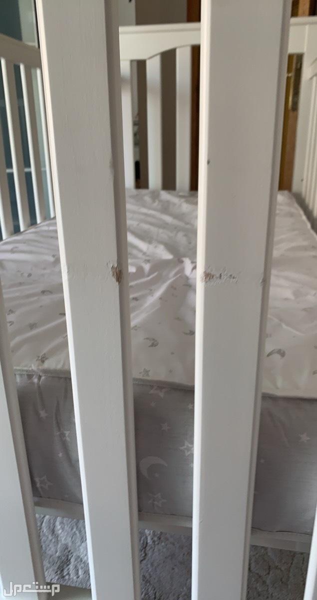 سرير اطفال من بوتري بارن