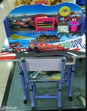 طقم طاولة وكرسي خشبي للاطفال من سن 4 الى 12 سنة