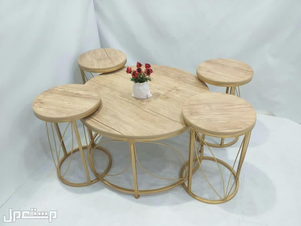 طاولات حديدسطحيه خشب