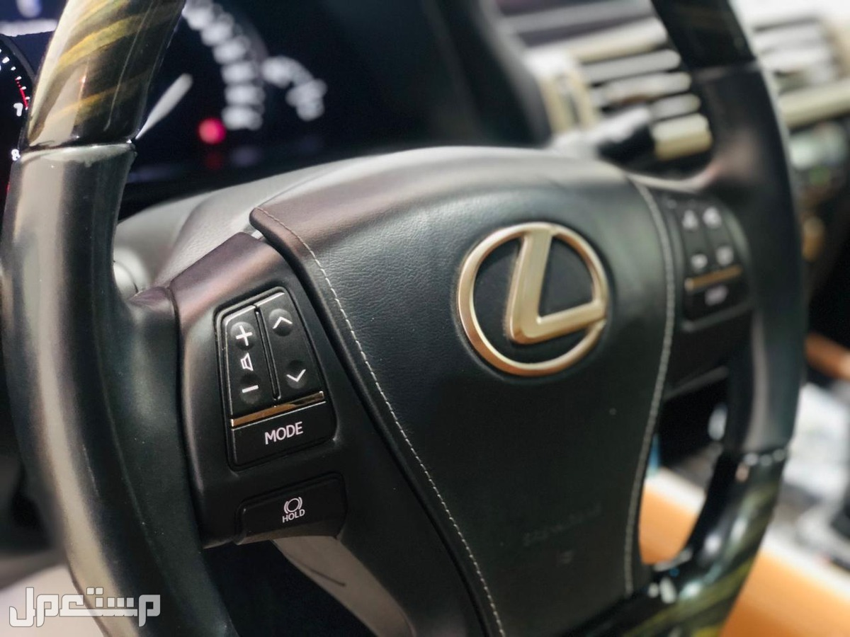 » لكزس LS 460L موديل 2017 سعودي