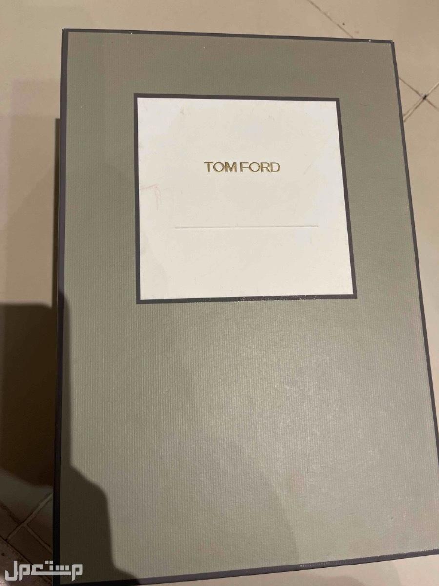 حذاء كعب توم فورد اللون فضي جديد