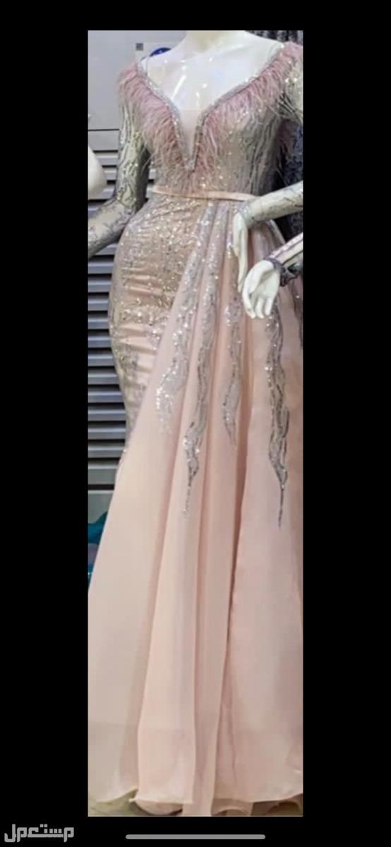 فستان مستعمل