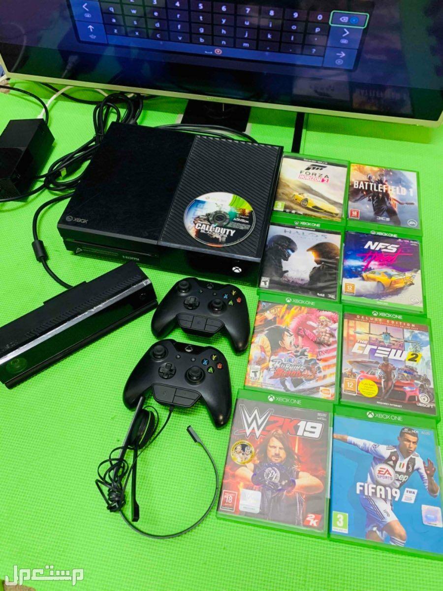 شاشة KMC وجهاز ألعاب اكس بوكس Xbox One