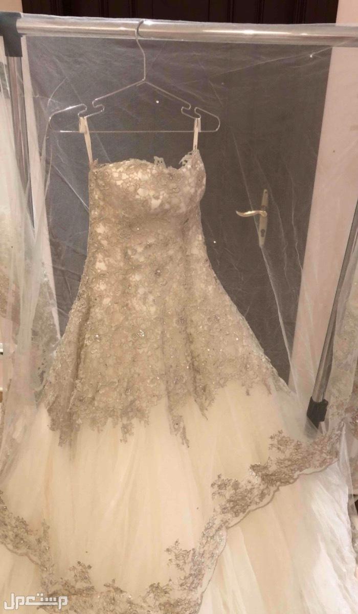 فستان عروسه من ديمتروس مقاس s