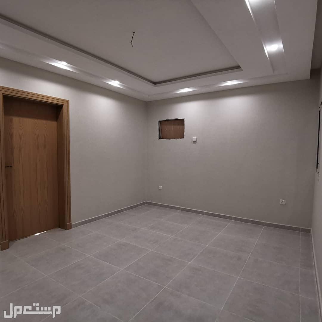 شقة خمسة غرف افراغ فوري
